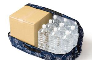2Lのペットボトルが18本も入ります。広げた時の存在感は抜群です。